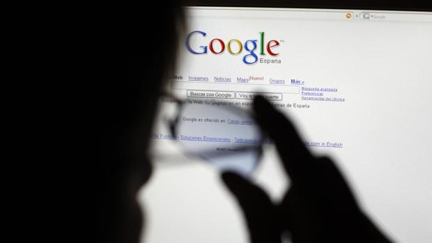 Así puedes impedir que Google te espíe y sepa dónde estás en todo momento
