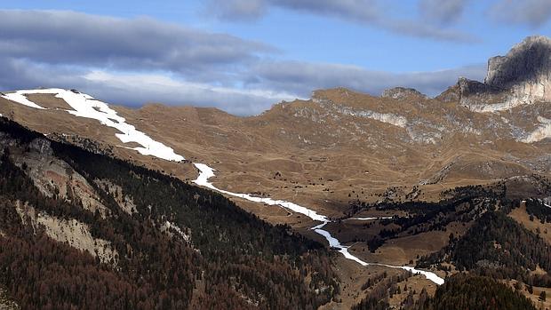 Las estaciones de esquí mantienen cerca de 330 kilómetros de pistas practicables