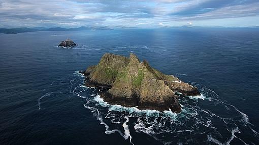 Toma aérea de la isla de Skellig