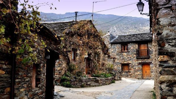 Los 35 pueblos m s bonitos de espa a - Sitios con encanto cerca de madrid ...