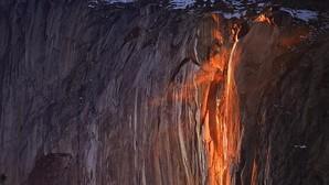 Así es la cascada de fuego del Parque Nacional de Yosemite