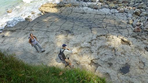 Ruta de los dinosaurios en la Playa de La Griega