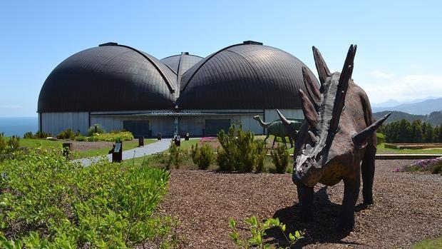 Exterior del Museo del Jurásico