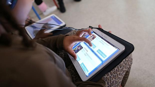 Tabletas manejadas por niños en Francia