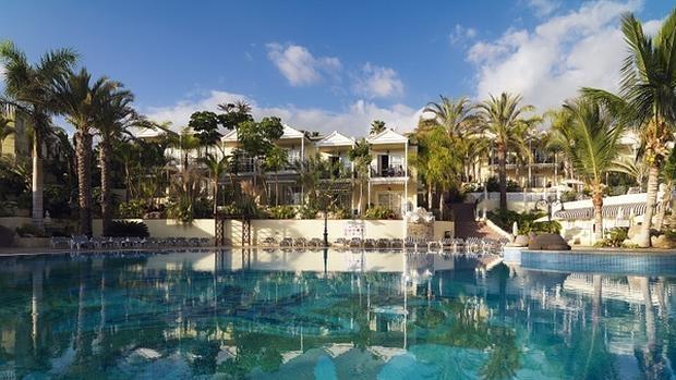 Dos hoteles espa oles entre los mejores para familias del for Hoteles con piscina climatizada en andalucia