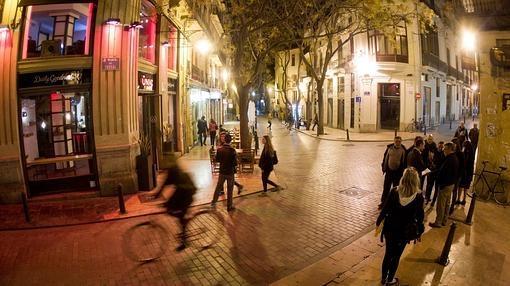 Imagen nocturna del Barrio del Carmen