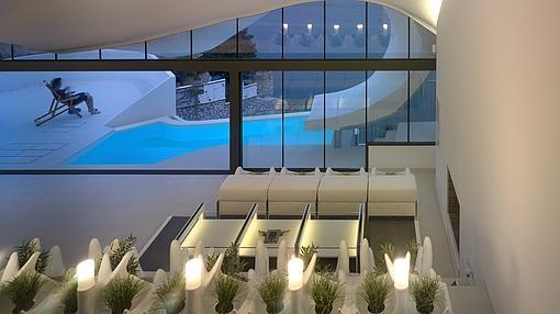 La asombrosa Casa del Acantilado hecha en una ladera con 42º de ... 20bd2a472bd