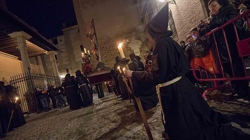 Viernes Santo en Toledo: procesion del Cristo de la Expiracion