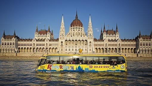 El misterio de los leones sin lengua y otros nueve secretos de Budapest