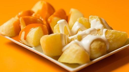 Dónde comer algunas de las mejores patatas bravas de España