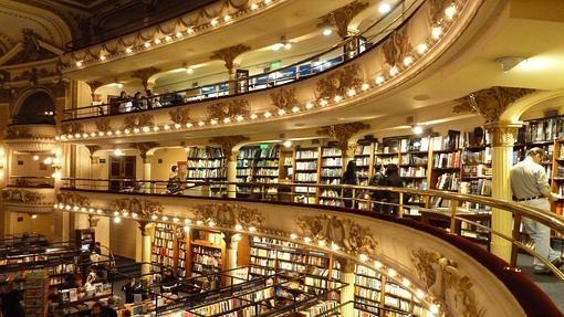 Una imagen del la biblioteca del Ateneo, en Buenos Aires