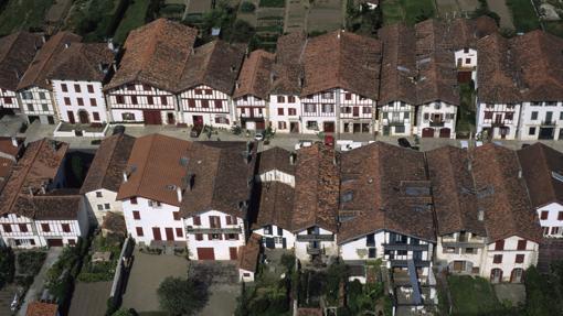 Vista aérea de Ainhoa, en el País Vasco francés