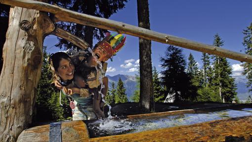 El impagable paisaje de los Alpes envuelve la aventura