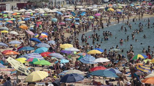 las playas españolas donde es más difícil aparcar