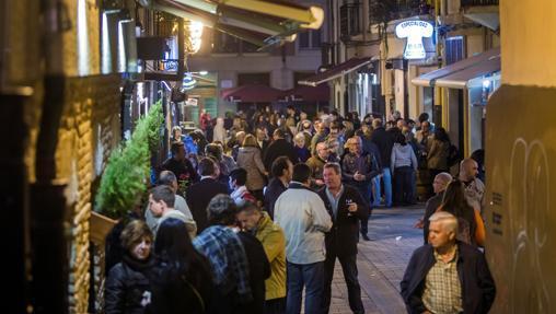 Calle Laurel de Logroño, famosa por sus bares. declarada «ruta de interés turístico de La Rioja»