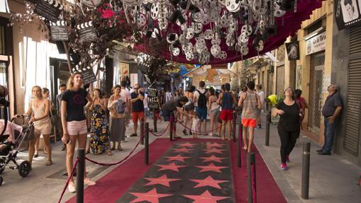 Calles decoradas en las fiestas del barrio de Gracia, en agosto de 2016