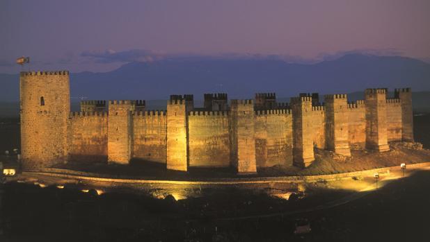 Ja n la provincia espa ola con m s fortalezas - Castillo de banos de la encina ...