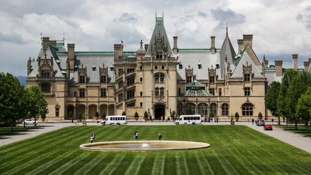 Imagen de Biltmore, la que fuera residencia de George Vanderbilt, miembro destacado de la aristocracia estadounidense