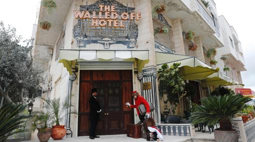 Entrada al Walled Off hotel