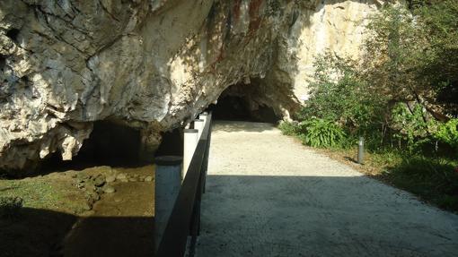 Cueva Tito Bustillo, en Asturias