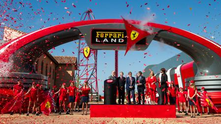 Ceremonia de inauguración de Ferrari Land