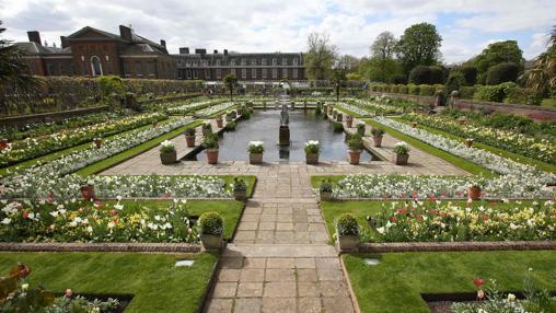 Aspecto del White Garden, en Kensington Palace