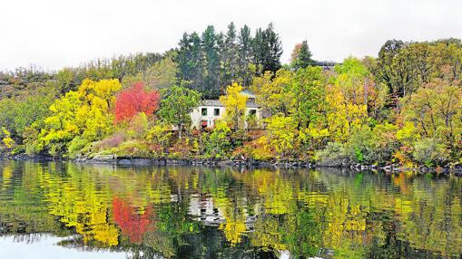 El balneario de Bouzas, en la orilla del lago de Sanabria. Ahí se alojó Miguel de Unamuno