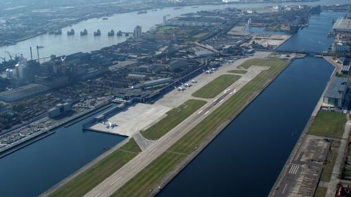 Pista del London City Airport
