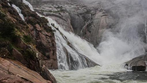 Diez espectaculares y poco conocidas cataratas por el mundo