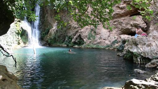 Las diez piscinas naturales m s impactantes de espa a for Piscinas naturales sevilla