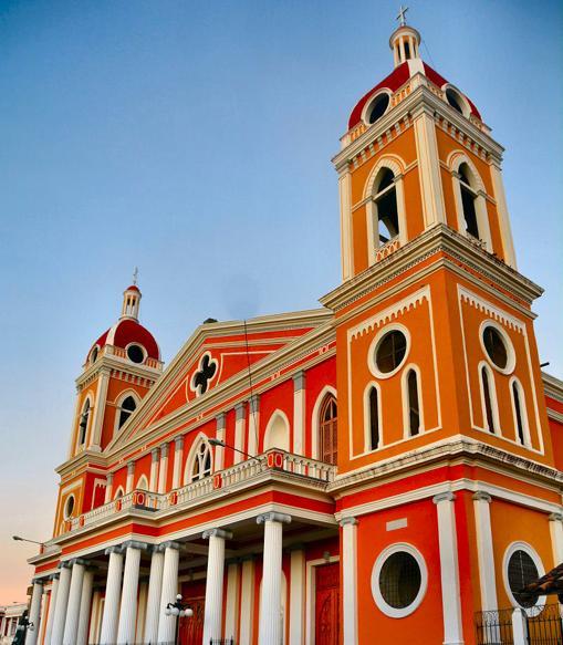 Catedral de Granada, construida y reconstruida varias veces