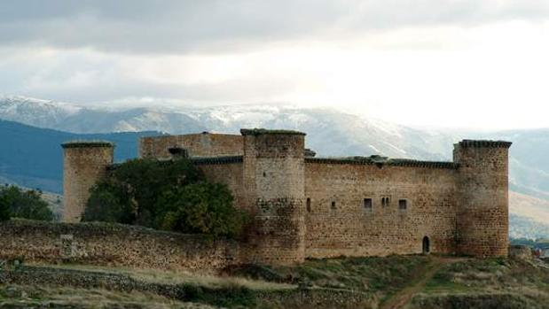 Castillo de Valdecorneja (Ávila)