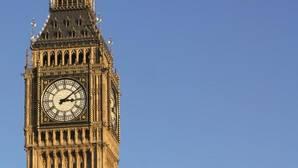 La campana principal del Big Ben, la famosa torre del reloj del Parlamento británico de Londres