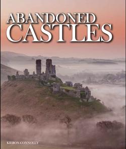 Portada del libro «Abandoned Castles», de Kieron Connolly