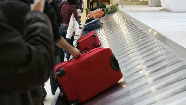 2bbb9e9a1 Todo lo que hay que saber para viajar sin facturar maleta