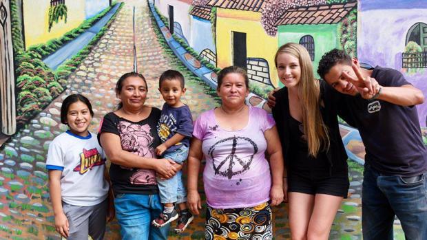 Sarah Dodd en Apaneca, un pueblo de El Salvador (América Central)