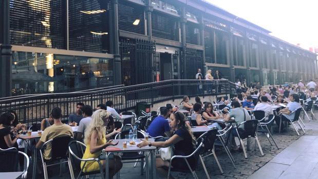 Exterior del Mercado del Val, un nuevo espacio de ocio y gastronomía en Valladolid