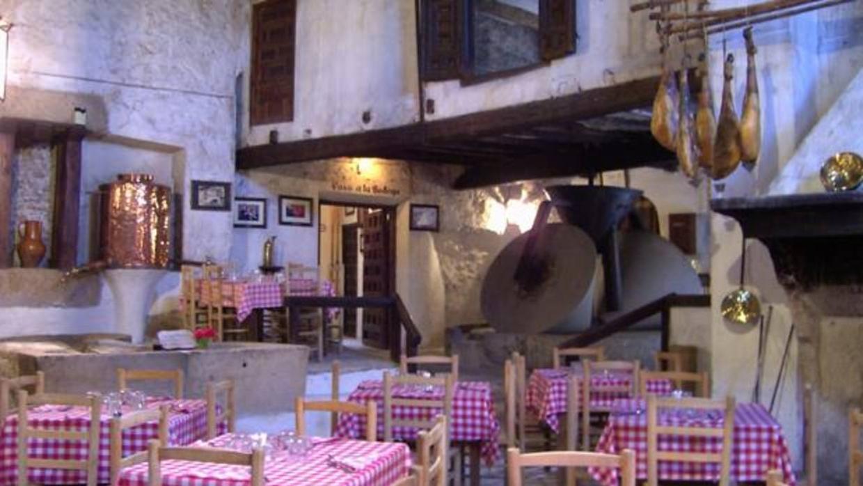 Uno de los mejores restaurantes de carretera de espa a y for Los mejores sofas de espana