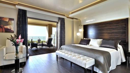 Los mejores hoteles de cinco cuatro y tres estrellas de for Listado hoteles 5 estrellas madrid