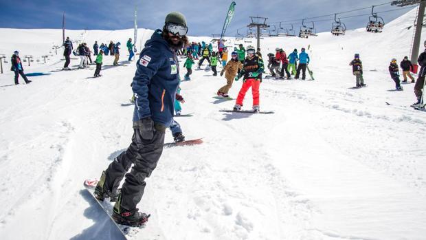 Ambiente de esquí en Sierra Nevada