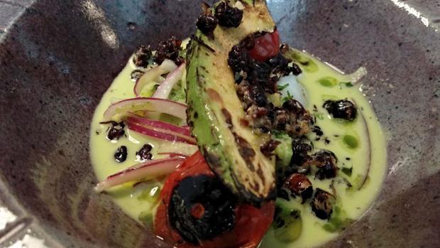 Uno de los platos elaborados con insectos en el restaurante mexicano Punto MX,