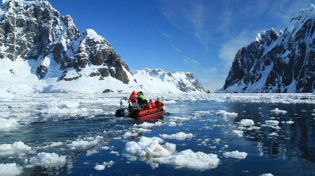 Por qué los turistas no pueden comer en la Antártida