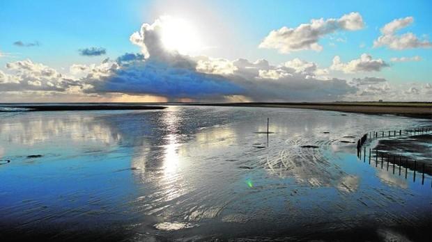St. Peter-Ording, un enorme arenal de doce kilómetros de largo, entre dunas, el Mar del Norte y bosques de pinares