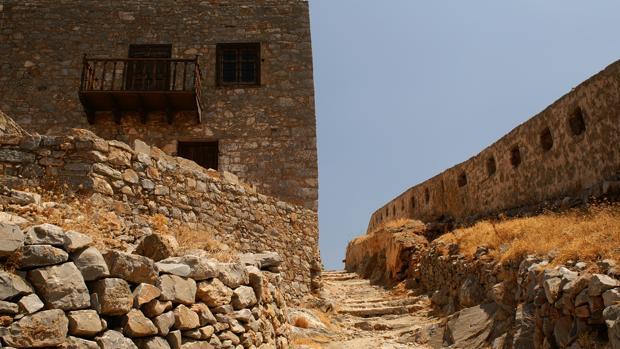 Vista del interior de la isla de Spinalonga