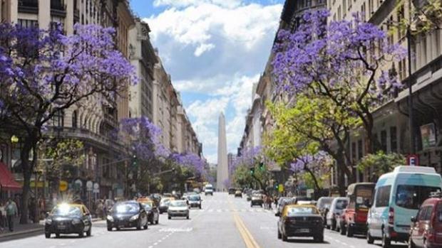 El obelisco, el monumento más representativo de la capital argentina