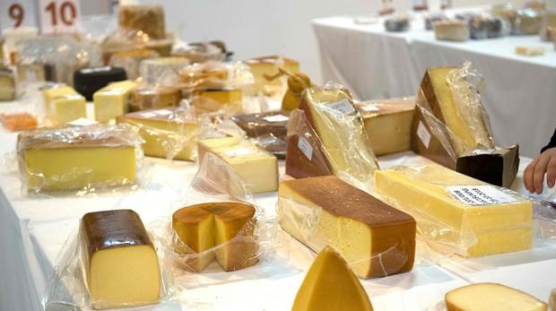 Algunos de los 3,500 quesos presentados a los World Cheese Awards 2018
