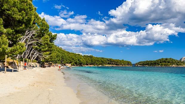 En el puesto 22 está la playa española de Formentor en la isla balear de Mallorca