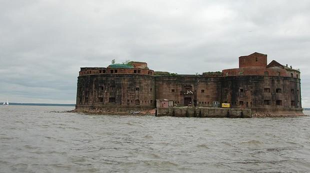 La isla fortaleza donde científicos se encerraron para curar la peste