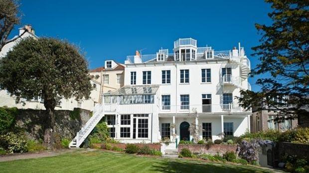 La casa museos de Hauteville House fue la residencia de Victor Hugo durante su exilio en la isla británica de Guernsey