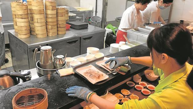 Los locales Tim Ho Wan son baratos y sin pretensiones